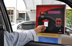 Procon vai intimar shoppings para explicar reajuste das taxas de estacionamento